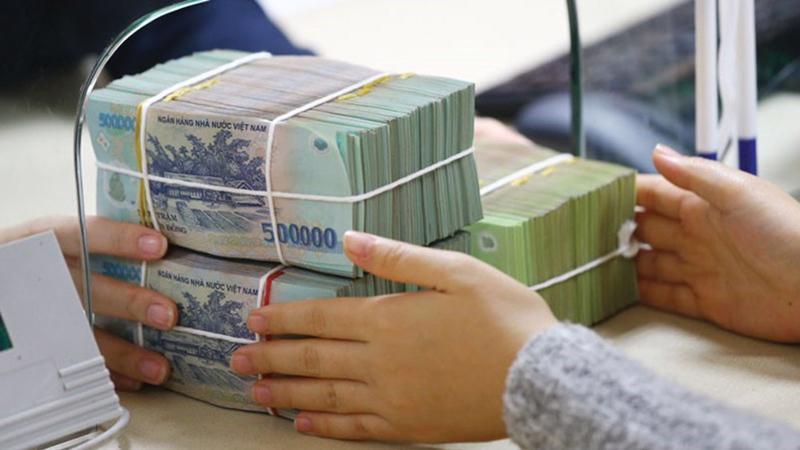 Tín dụng ngân hàng vẫn tiếp tục dịch chuyển vào các lĩnh vực sản xuất kinh doanh là động lực của tăng trưởng kinh tế.