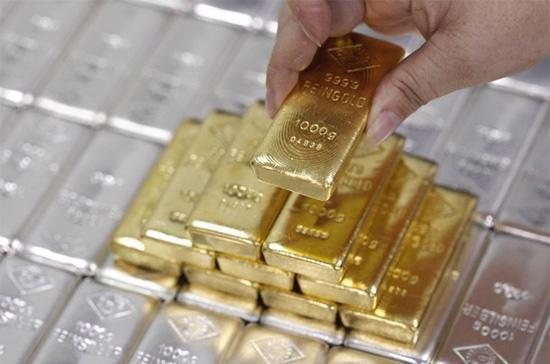 """Vàng là nhân tố tạo nên sự """"bấn loạn"""" trong diễn biến kim ngạch xuất nhập khẩu mấy tháng gần đây."""