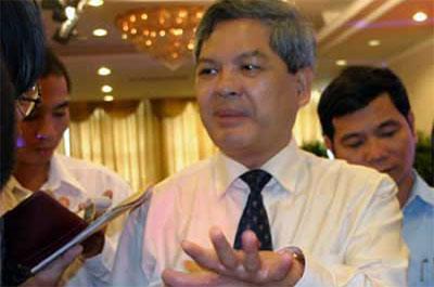 Bộ trưởng Bộ Tài nguyên và Môi trường Phạm Khôi Nguyên.