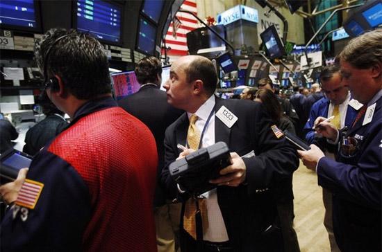 Sức tăng của cổ phiếu khối công nghệ và tài chính gần như đã lấy lại những gì đã mất phiên liền trước - Ảnh: Reuters.