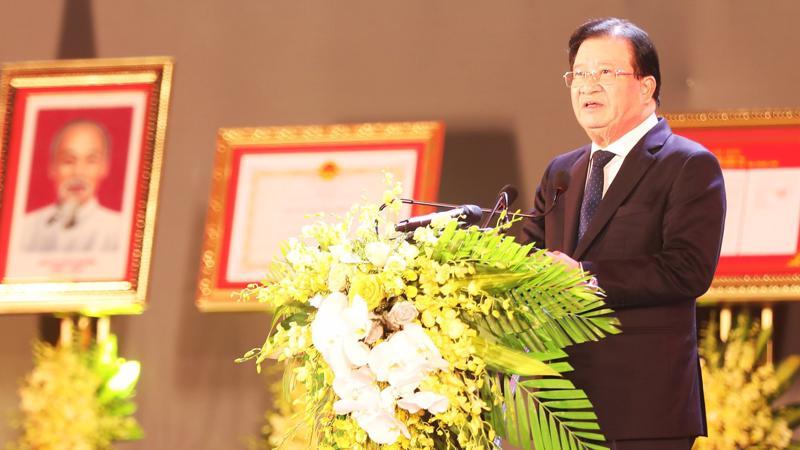 Phó Thủ tướng Trịnh Đình Dũng Phát biểu tại buổi lễ.