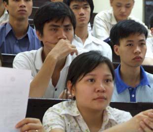 Ngân hàng Chính sách xã hội có trách nhiệm tiếp tục thực hiện giải ngân cho vay đối với học sinh, sinh viên.