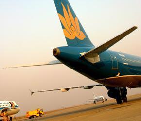 Vietnam Airlines vẫn chiếm thị phần chủ yếu hàng không nội địa với tỷ lệ 86%, trong khi Pacific Airlines chỉ khoảng 13,9% - Ảnh: Việt Tuấn.