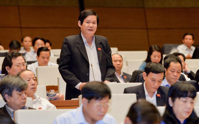 Đại biểu Quốc hội được cấp kinh phí khoán hằng tháng để có thể tự thuê người thực hiện công việc thư ký - Ảnh: Một phiên họp toàn thể của Quốc hội khoá 14.