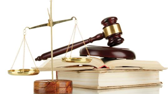Kết quả giám sát được Uỷ ban Tư pháp của Quốc hội công bố hồi cuối tháng 8 vừa qua cho thấy chủ tịch uỷ ban nhân dân ngày càng lười đến toà khi dân kiện chính quyền nhưng khi bị tuyên thua kiện thì lại không chấp hành bản án có hiệu lực.