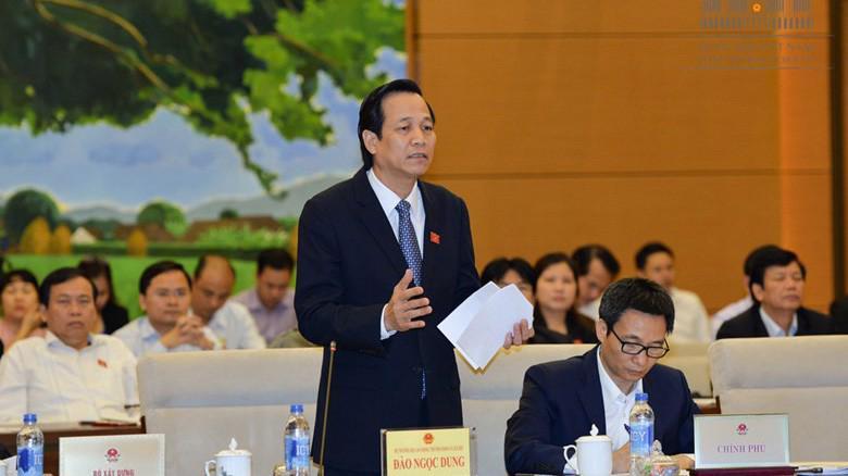 Bộ trưởng Đào Ngọc Dung trong phiên trả lời chất vấn tại Uỷ ban Thường vụ Quốc hội.