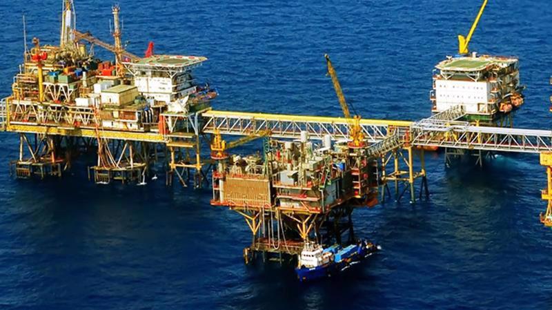 Campuchia là thị trường nhập khẩu xăng dầu nhiều nhất của Việt Nam, chiếm 23,4% tổng lượng và 22,8% tổng kim ngạch xăng dầu xuất khẩu.
