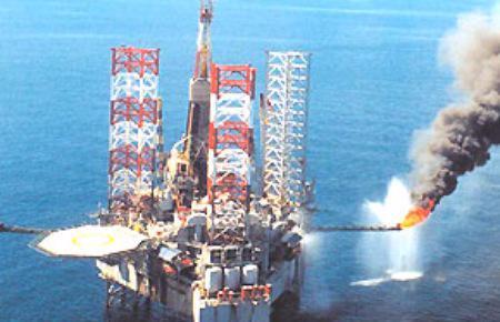 Theo HSBC, lĩnh vực xuất khẩu lớn nhất của Việt Nam là dầu thô, ước tính sẽ giảm nhẹ trong vòng năm năm tới.