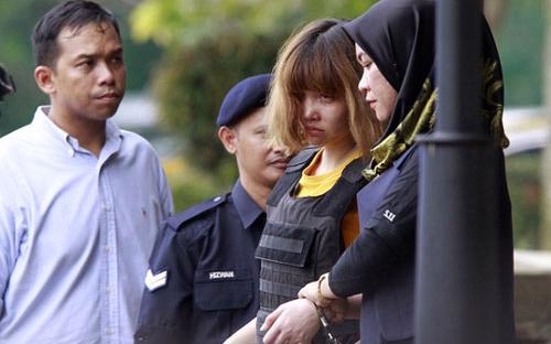 Đoàn Thị Hương có mặt tại tòa hôm 1/3 để nghe luận tội - Reuters.<br>