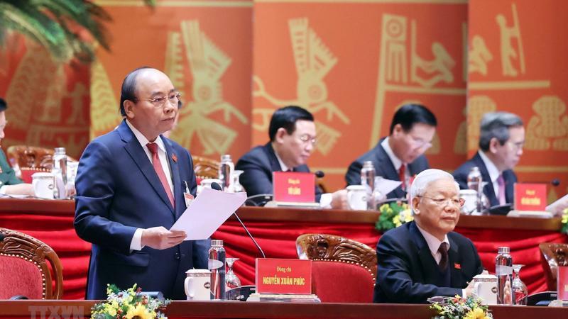 Ngày làm việc thứ ba của Đại hội XIII, Thủ tướng Chính phủ Nguyễn Xuân Phúc thay mặt Đoàn Chủ tịch điều hành Đại hội.