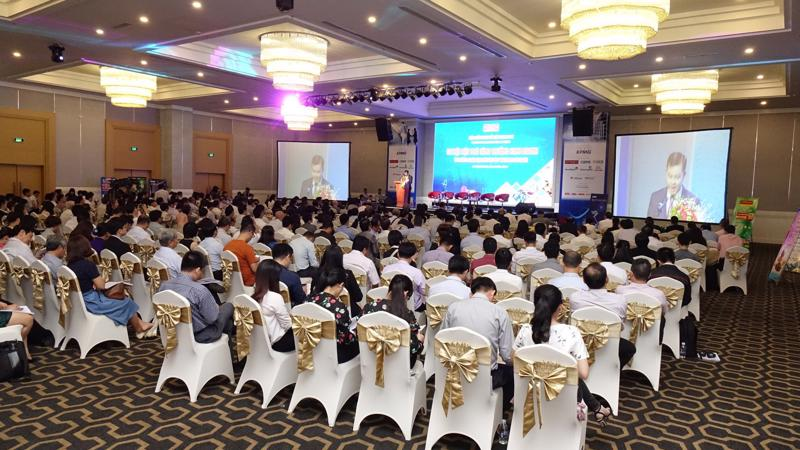 Hội thảo kịch bản kinh tế Việt Nam được Thời báo Kinh tế Việt Nam tổ chức thường niên với sự tham gia của nhiều nhà quản lý, chuyên gia kinh tế và doanh nhân.