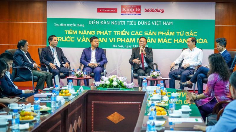 Các diễn giả tại cuộc tọa đàm sáng 23/11 tại Hà Nội.