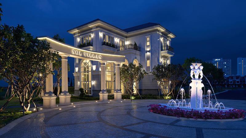 Các ngôi biệt thự của khu compound cao cấp Sol Villas có nhiều cửa sổ, thông gió tự nhiên, tạo ra sự cân bằng với nhiệt độ ngoài trời.