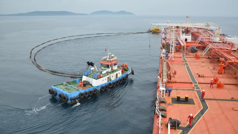 Nhà máy lọc dầu Dung Quất luôn hoạt động ổn định, công suất tối ưu (bình quân 106 - 108%).
