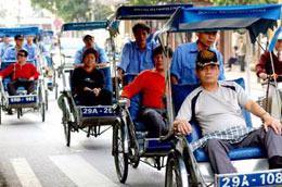 Khách du lịch đến Việt Nam từ Campuchia trong quý 1/2010 đã tăng 147,2%; từ Trung Quốc tăng 115% so với cùng kỳ.