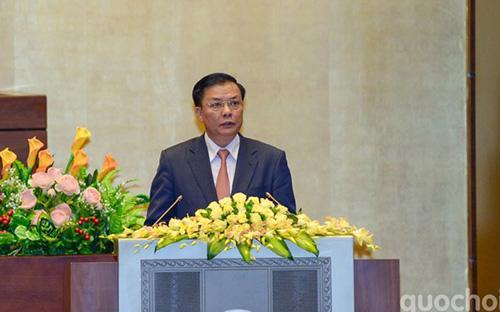 Bộ trưởng Bộ Tài chính Đinh Tiến Dũng trình Quốc hội cho phép đa dạng hóa kỳ hạn phát hành trái phiếu Chính phủ