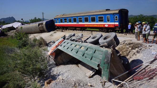 Trong tháng 5 liên tiếp xảy ra các vụ tai nạn giao thông đường sắt.