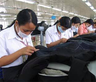 Hy vọng tăng trưởng xuất khẩu chỉ còn trông vào nhóm hàng công nghiệp - Ảnh: TT.