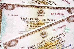Qua thông tin từ Sở Giao dịch Chứng khoán Hà Nội (HNX), trong tháng 4 và tháng 5/2010, sàn này đã đấu thầu thành công khoảng 9.400 tỷ đồng trái phiếu Chính phủ.