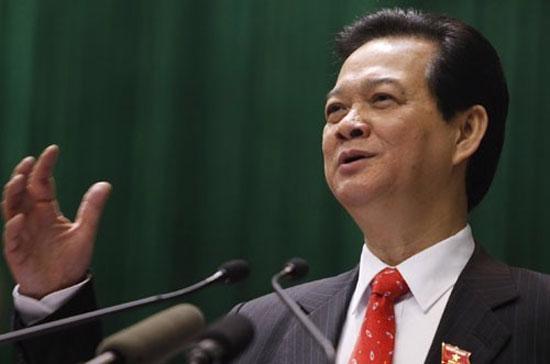 Thủ tướng Nguyễn Tấn Dũng cho biết, Chính phủ sẽ xem xét kéo dài thời hạn thực hiện các chính sách hiện hành về hỗ trợ thuế và đề nghị Quốc hội xem xét việc miễn, giảm thuế cho doanh nghiệp ở mức phù hợp.