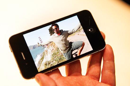 """iPhone 4 """"cháy"""" hàng - Ảnh: Wired."""