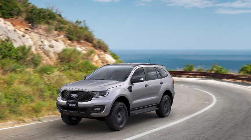 Phiên bản mới Ford Everest Sport 2021 vừa có mặt tại thị trường Việt Nam.