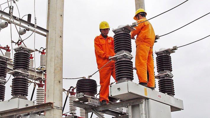 EVN đã sắp hoàn thành mục tiêu cấp điện cho toàn dân, và đã giảm tổn thất kỹ thuật và thương mại hướng tới đạt chuẩn quốc tế.