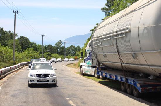 Bộ Giao thông Vận tải và các ngành liên quan đã thống nhất lựa chọn phương án 1 là thu trực tiếp qua đầu phương tiện - Ảnh: Đức Thọ.