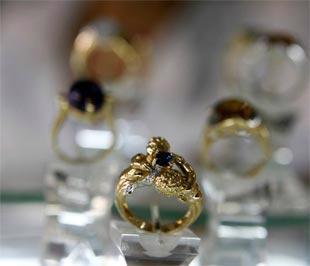 Vụ Dubai World là sự kiện thứ hai liên quan tới khu vực vùng Vịnh có tác động mạnh mẽ tới giá vàng trong vòng hai tháng trở lại đây - Ảnh: Reuters.