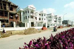 Một khu dân cư mới đang được xây dựng ở Hà Nội - Ảnh: Lê Toàn.
