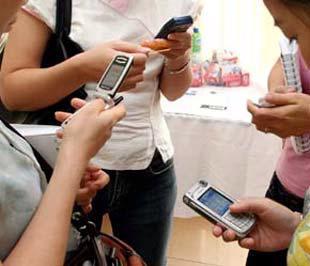 Bên cạnh việc phát triển thuê bao, MobiFone cũng cam kết đảm bảo chất lượng liên lạc, chống nghẽn mạng trong dịp Tết Nguyên đán.
