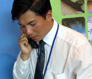 Trong đợt đổi số này, các nhà cung cấp dịch vụ không áp dụng hình thức gọi song song như trước đây - Ảnh: Việt Tuấn.