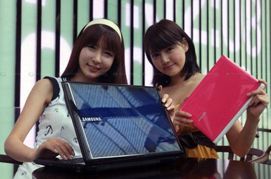 Laptop của Samsung ngày càng được dân châu Á chuộng hơn.