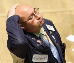 Nhà đầu tư tại sàn chứng khoán New York không giấu nổi thất vọng - Ảnh: AFP.