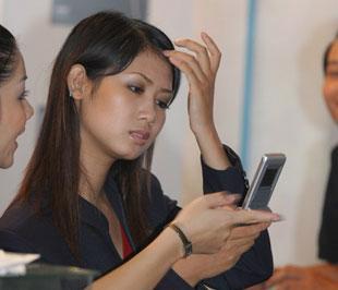 MobiFone đã có được 21 triệu thuê bao tính đến ngày 28/8 và chiếm gần 40% thị phần - Ảnh: Việt Tuấn.