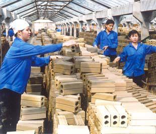 Các cơ sở sản xuất kinh doanh được vay tối đa không quá 500 triệu đồng/dự án và không quá 20 triệu đồng/lao động được thu hút mới.