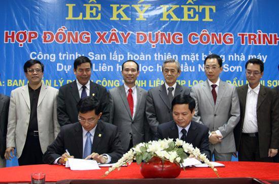 Lế ký hợp đồng giữa hai bên ngày 14/1 - Ảnh: T. Nguyên.