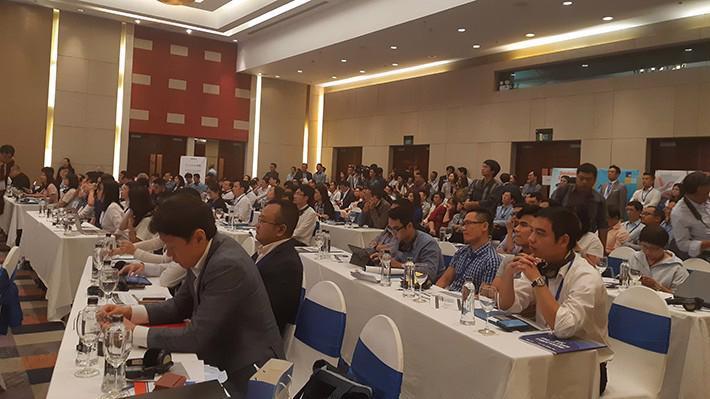 """Đông đảo các công ty Fintech Hàn Quốc và Việt Nam tham dự hội thảo """"Thúc đẩy công nghệ Fintech và công nghệ thông tin trong thời đại chuyển đổi số"""", sáng 31/10."""