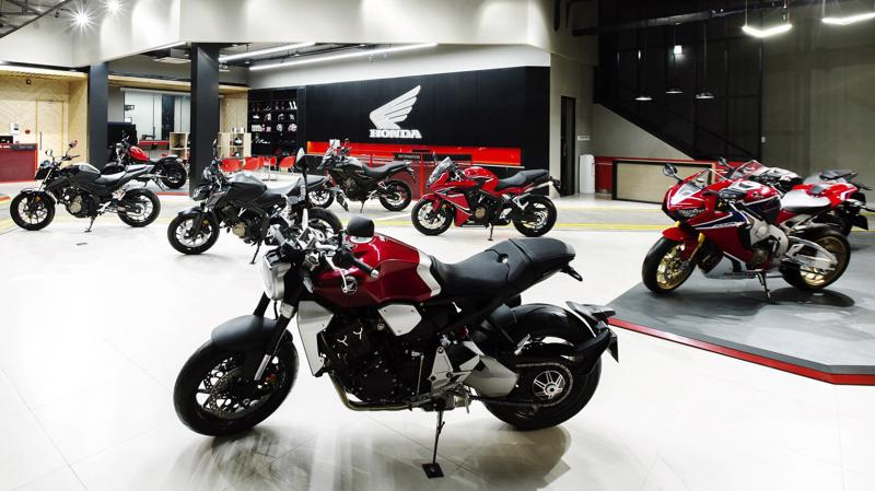 Ngay sau khi chính thức giới thiệu ra thị trường, đơn vị phân phối môtô Honda cho biết đã ký 160 hợp đồng mua bán xe với người tiêu dùng.