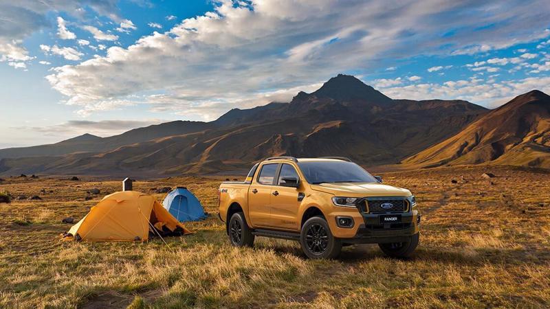 Sức mua kỷ lục tháng cuối năm giúp Ford Ranger bỏ xa tất cả các mẫu xe bán tải khác tại thị trường Việt Nam.