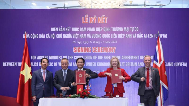 FTA Việt Nam - Anh cam kết xoá bỏ tới 99% dòng thuế