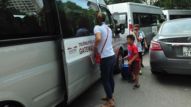 Sau vụ Gateway, bổ sung quy định để không bỏ quên học sinh trên xe.