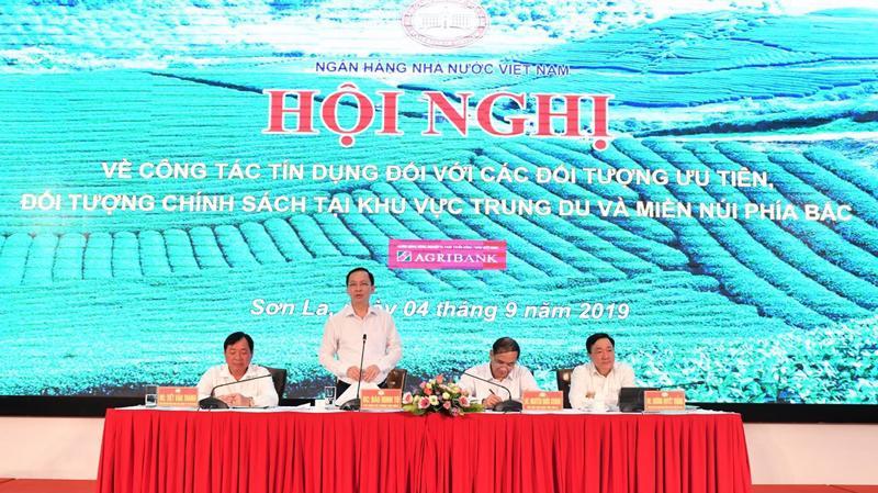 Phó Thống đốc Thường trực Ngân hàng Nhà nước Đào Minh Tú phát biểu tại hội nghị.
