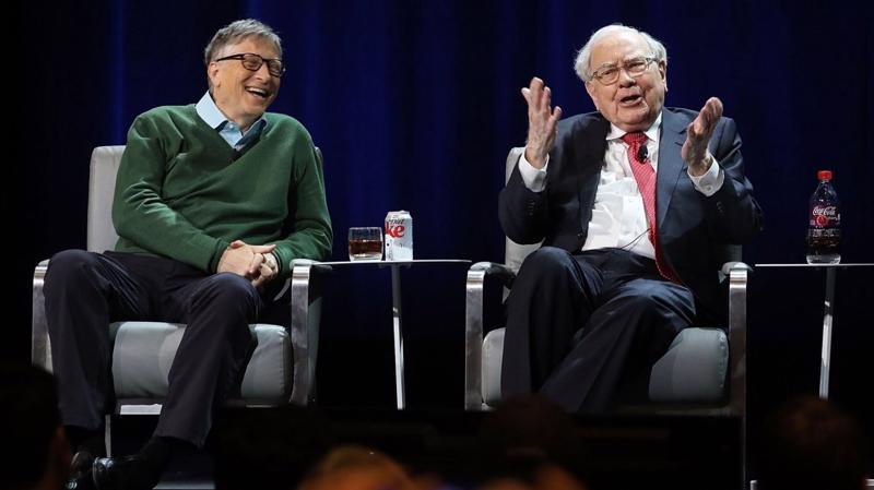 Bill Gates và Warren Buffett là bạn thân suốt 25 năm qua - Ảnh: Getty Images.