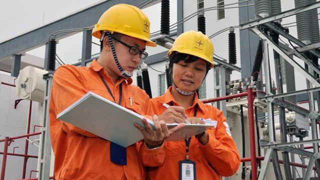 Giá điện sẽ được điều chỉnh giảm 10% trong ba tháng cuối năm