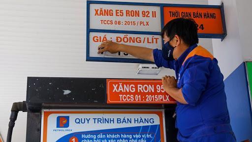 Giá xăng có thể tăng vào ngày mai 26/11