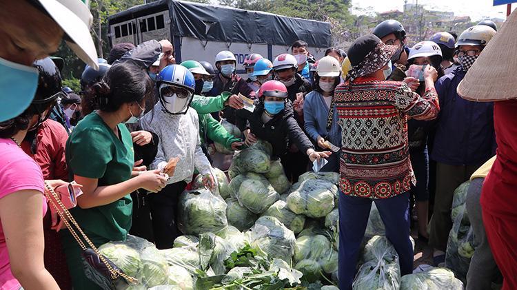 Nhiều điểm giải cứu nông sản Hải Dương đã xuất hiện ở Hà Nội gần đây