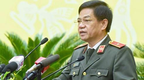 Giám đốc Công an Hà Nội Đoàn Duy Khương cho biết, cơ quan này đang cùng Viện kiểm sát đề nghị ba ngành tư pháp Trung ương họp, nghe báo cáo để xin ý kiến chỉ đạo trước khi quyết định khởi tố vụ án, khởi tố bị can.