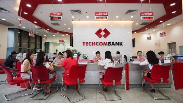 Techcombank cũng chính là trường hợp hiếm hoi cân bằng được giữa lợi nhuận và quản trị rủi ro.