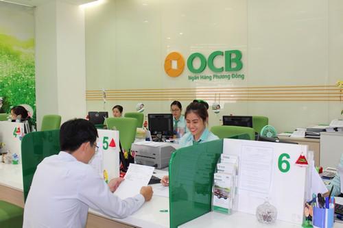 Tư vấn khách hàng vay vốn tại OCB.
